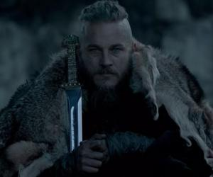 Travis Fimmel stars as Ragnar Lothbrok in the History Channels Vikings Season 2 finale